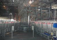 Glass melting tanks